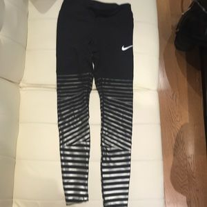 WORN ONCE! Nike power epic luxe leggings. XS